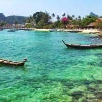 Long boats @ Koh Phi Phi