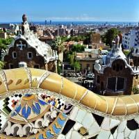 Parc Guell, coama dragonului si panorama Barcelonei