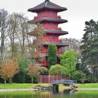 Turnul Japonez de pe domeniile regale Laeken