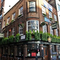 Cheshire cheese London Pub