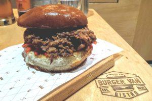 burgeri buni din Bucuresti, Burger Van Bistro, sandvis cu pulled pork