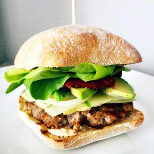 burgeri buni din Bucuresti, Burgerul de acasa